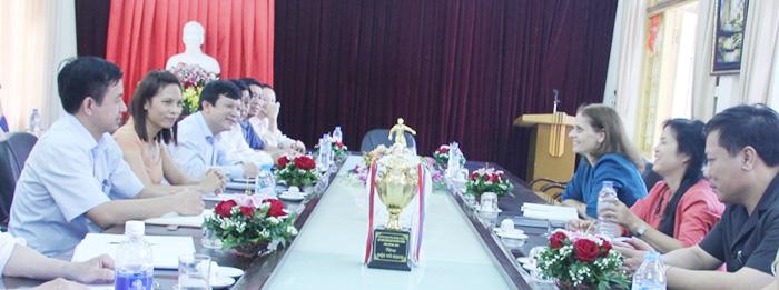 Làm việc với Đại xứ Israel tại Việt Nam